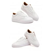 Superstar in White &a...