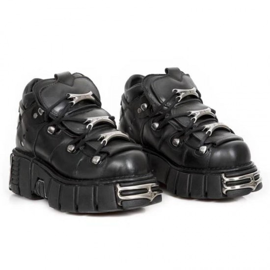 Superstar Sneakers G32WS590.E71 Uppers in metallic goatskin leather Star and heel tab in leather