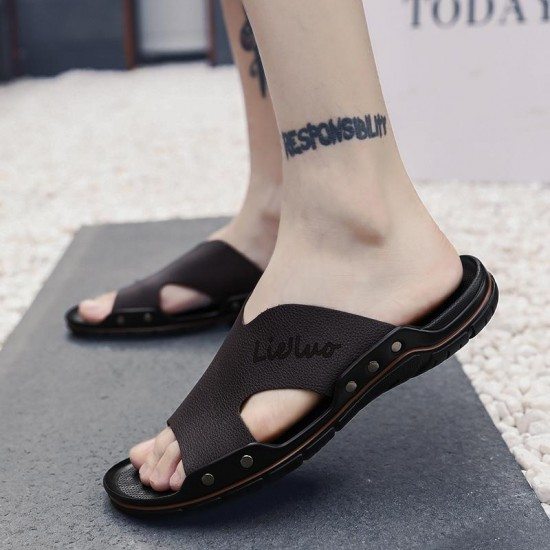 Mens Pantofole Di Lusso Casual Scarpe Uomini di Estate di Modo Presentazioni aziende produttrici giochi Comode Pantofole Per Gli Uomini Nero Marrone Casual Sandali