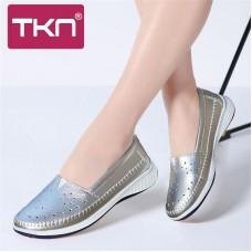 TKN 2019 Donne della Molla Degli Appartamenti di balletto scarpe Bianco scarpe Da Tennis delle donne scivolare su scarpe da barca Cuoio genuino Ritaglio mocassini delle donne 7685